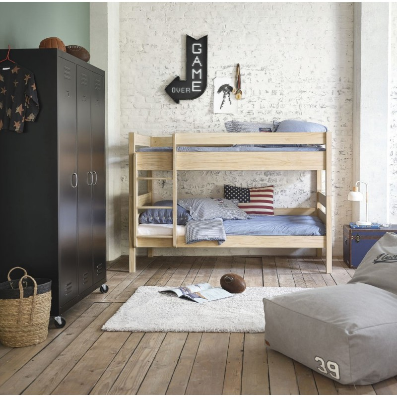 mon coin maison armoire chaussures design cargo. Black Bedroom Furniture Sets. Home Design Ideas